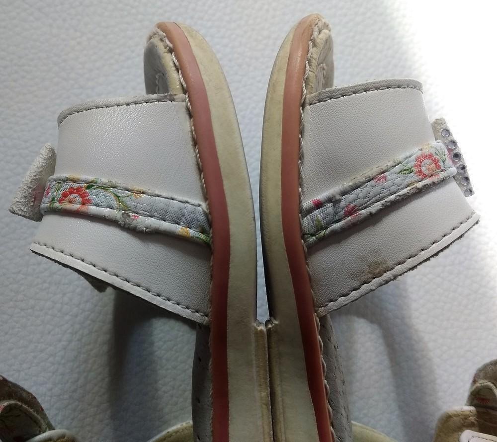 Кремовые босоножки с бантиками шалунишка р. 23 фото №8