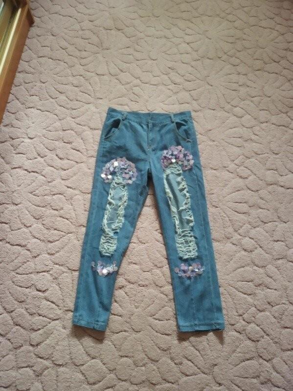 Продам новые, красивые и модные джинсы на девушку 44-46 р фото №2