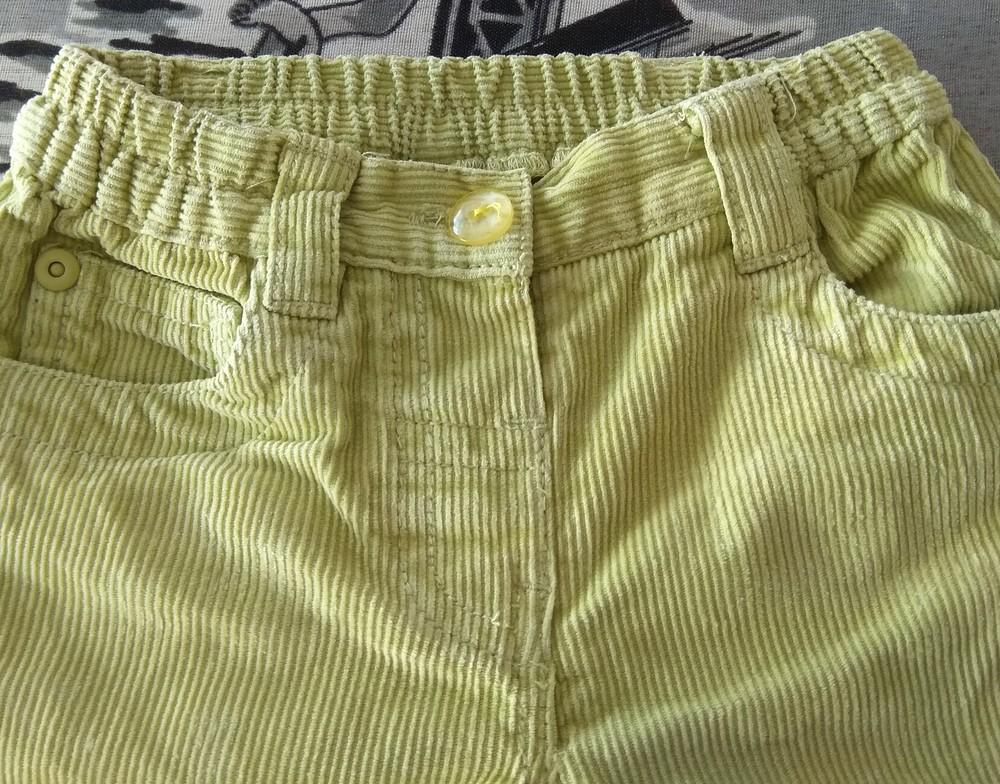 Салатовые вельветовые штаны р. s (12-18) фото №3