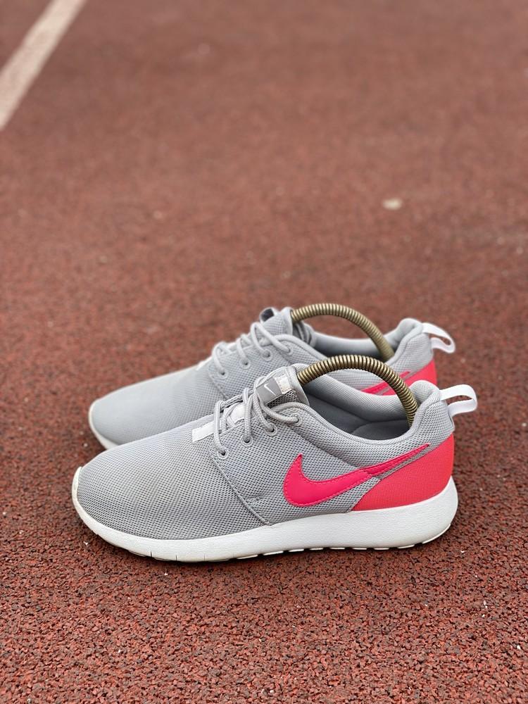 Nike roshe one (38 р.) фото №1